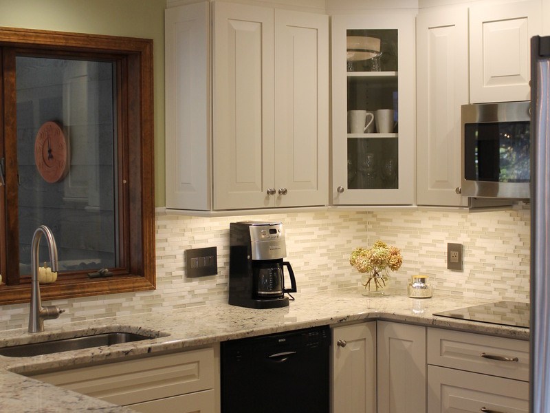 kitchen cabinets st louis dura supreme white cabinets in st louis 6400